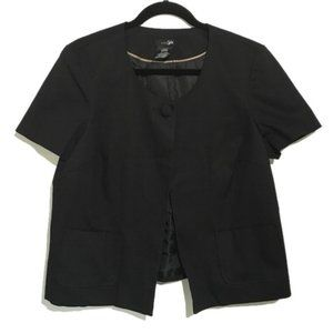 3/$22 NEW East 5th Short Sleeve  Black Jacket